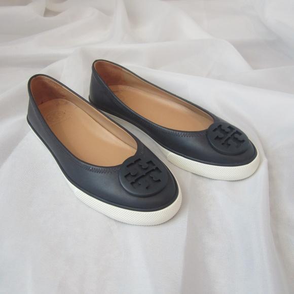26768b29043b Tory Burch 6 Skylar Ballet Sneaker Flats Leather. M 5b76de436197456b6ac6c031